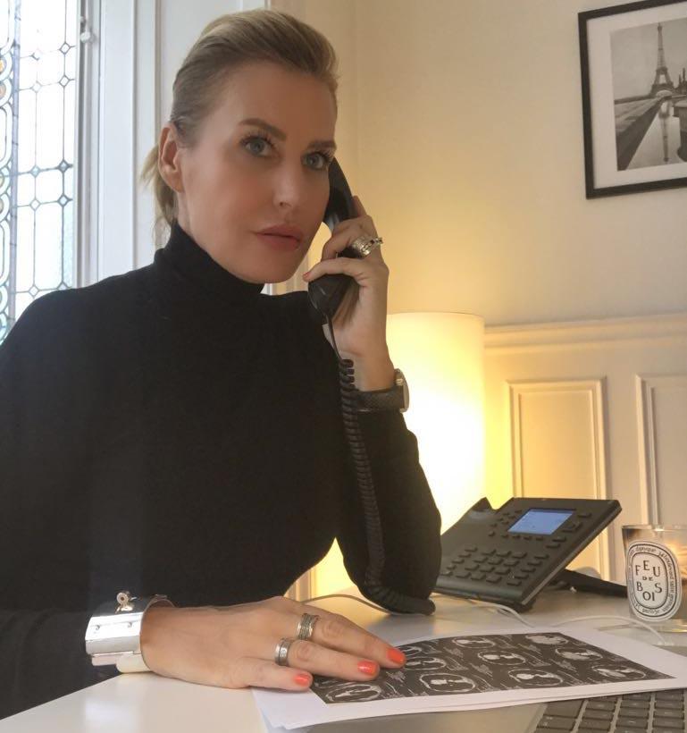 Лечение детей за границей. Натали Кюнан из COS помогает найти врача в Париже. Фото