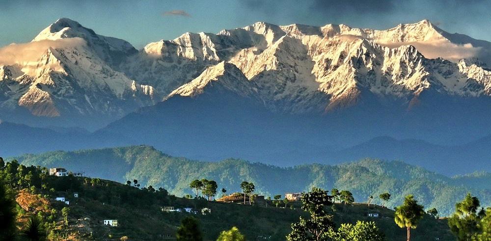 Аюрведическое лечение синдрома раздраженного кишечника в Гималаях, курорт AyurVAID-Kalmatia. Фото