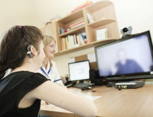Глухота и потеря слуха? Решение — кохлеарная имплантация в Польше