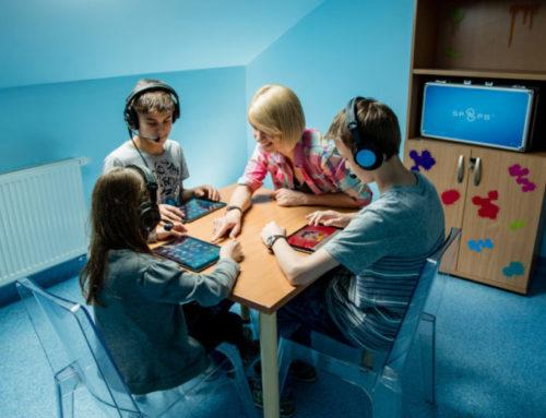 Услышать первый звонок Насте помогли польские врачи центра «Мединкус»